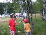 един катапулт за изстрелване на балони с вода